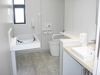 当院の多目的トイレです。